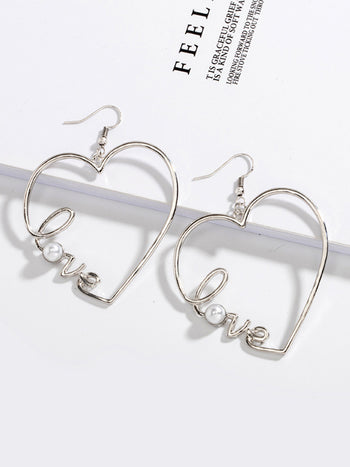 Load image into Gallery viewer, Women's Valentine LOVE Pearl Earrings
