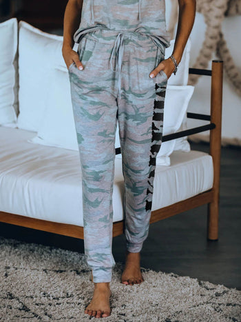 Load image into Gallery viewer, Women's Camo Jogging Pants Camouflage MERICA Letter Print Joggers Elastic Waist Casual Sweatpants
