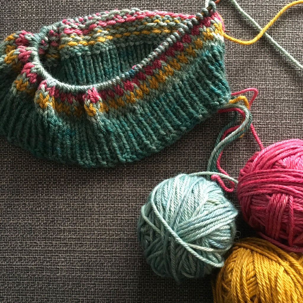 Arfordir cowl and mitt fyberspates tarma aran kit at the woolly brew