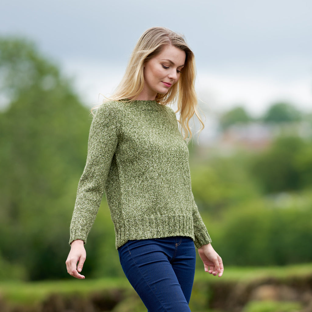 WYS The Croft DK Leana basic raglan sweater the woolly brew