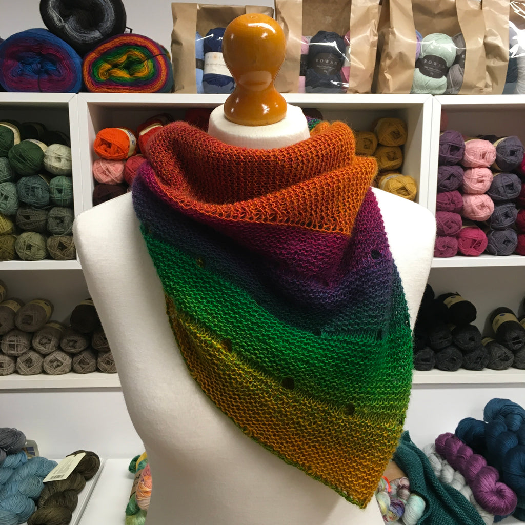 The Woolly Brew Playground shawl in Schoppel Wolle Zauber Flower