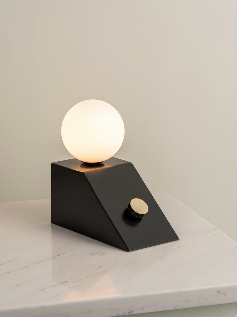 Elric - 1 light matt black and brass table lamp