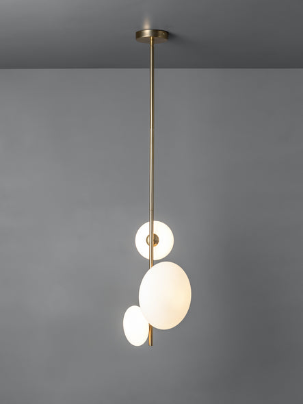www.lightsandlamps.com. New online lighting retailer. Free UK delivery.