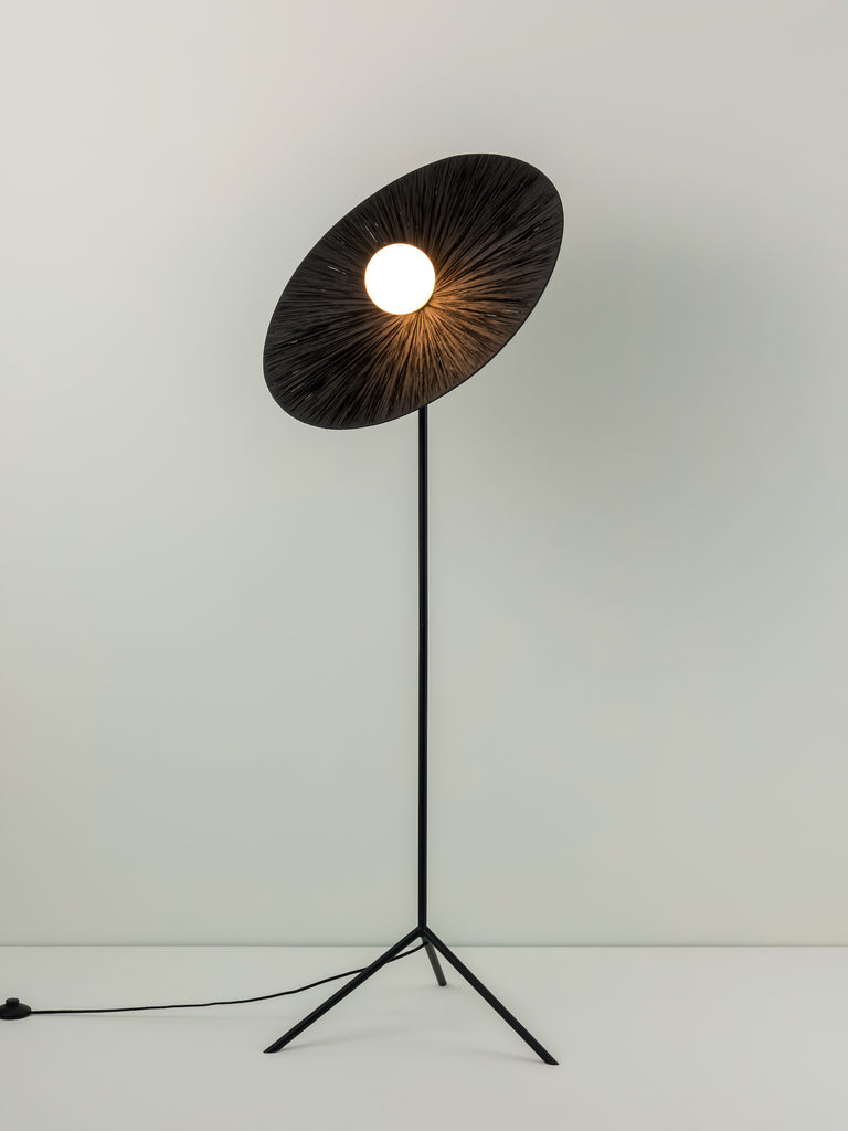 Ridotti - 1 light black raffia floor lamp