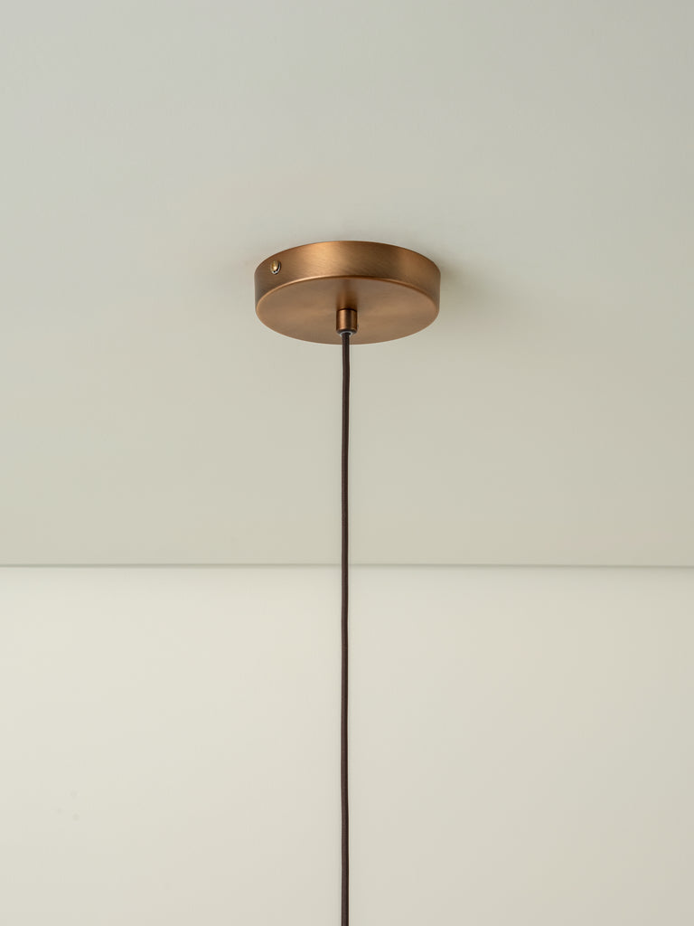 Ridotti - 1 light natural raffia and burnished brass pendant