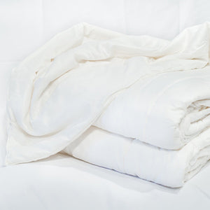Mulberry Silk Duvet (Summer Weight) by Dream Designs