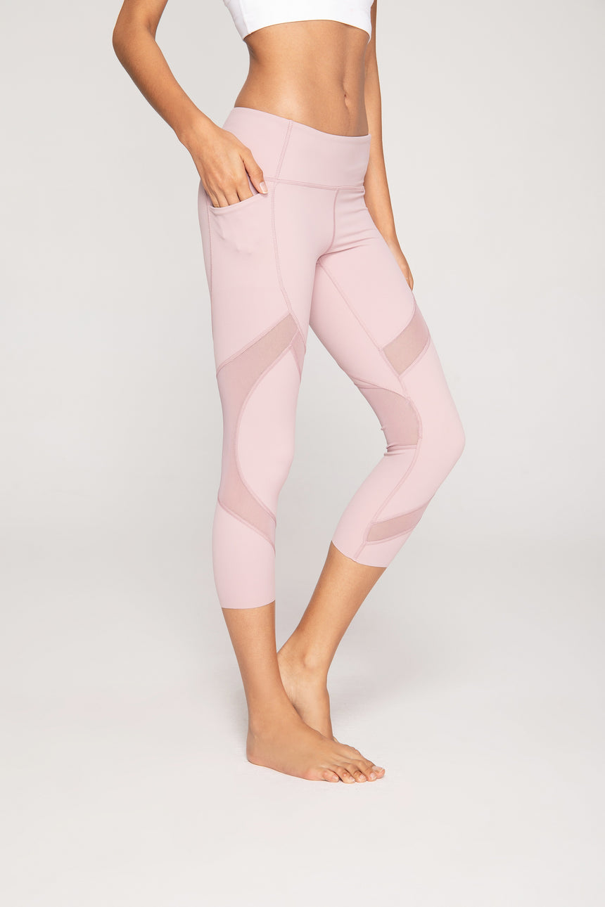 Pastel Pink 3/4-length Capri Workout Leggings - Zen Zen Studio NYC
