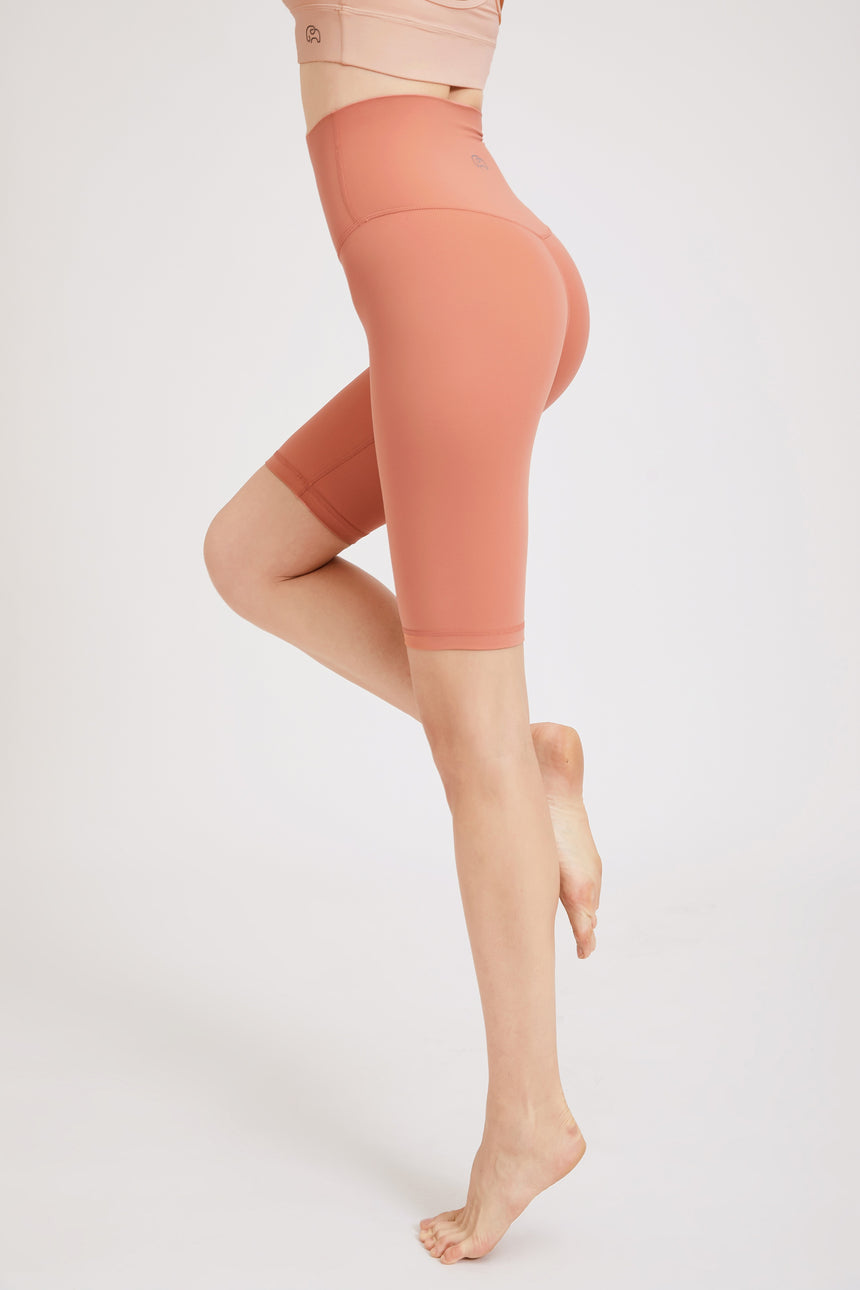 Seamless Knee-Length Bike Shorts - Zen Zen Studio NYC
