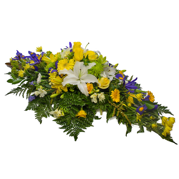 Cherished Memories arrangement from Mayflower Studio Florist in Marlborough, NZ