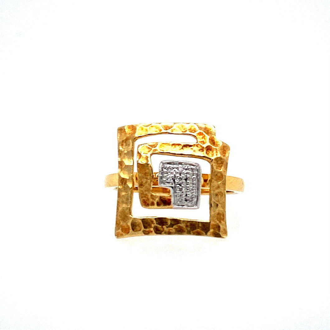 This 18 Karat Yellow Gold Open Square Ring Features a Hammered Design with 10 Diamonds set at the Center. The Ring Top Measures Approximately 15.0mm Wide. Finger Size 6.5