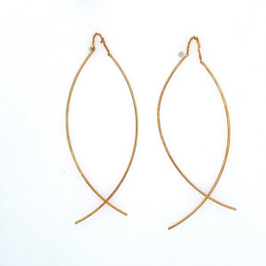 These 14 Karat Yellow Gold Earring Curved Wire Threaders Rock with a Pair of Jeans for a Fun Night out on the Town.