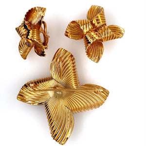This Beautiful Estate Set Includes a Pair of Large 14 Karat Yellow Gold High Polished Ribbed Design Bow Earrings with Omega Backs, and a Larger Matching Bow that can be Worn as a Pin or Hung on a Chain for a Pendant.  Total Weight 21.8 Grams