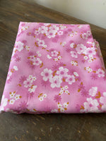 Load image into Gallery viewer, Vintage Pink/Purple floral fabric 3m