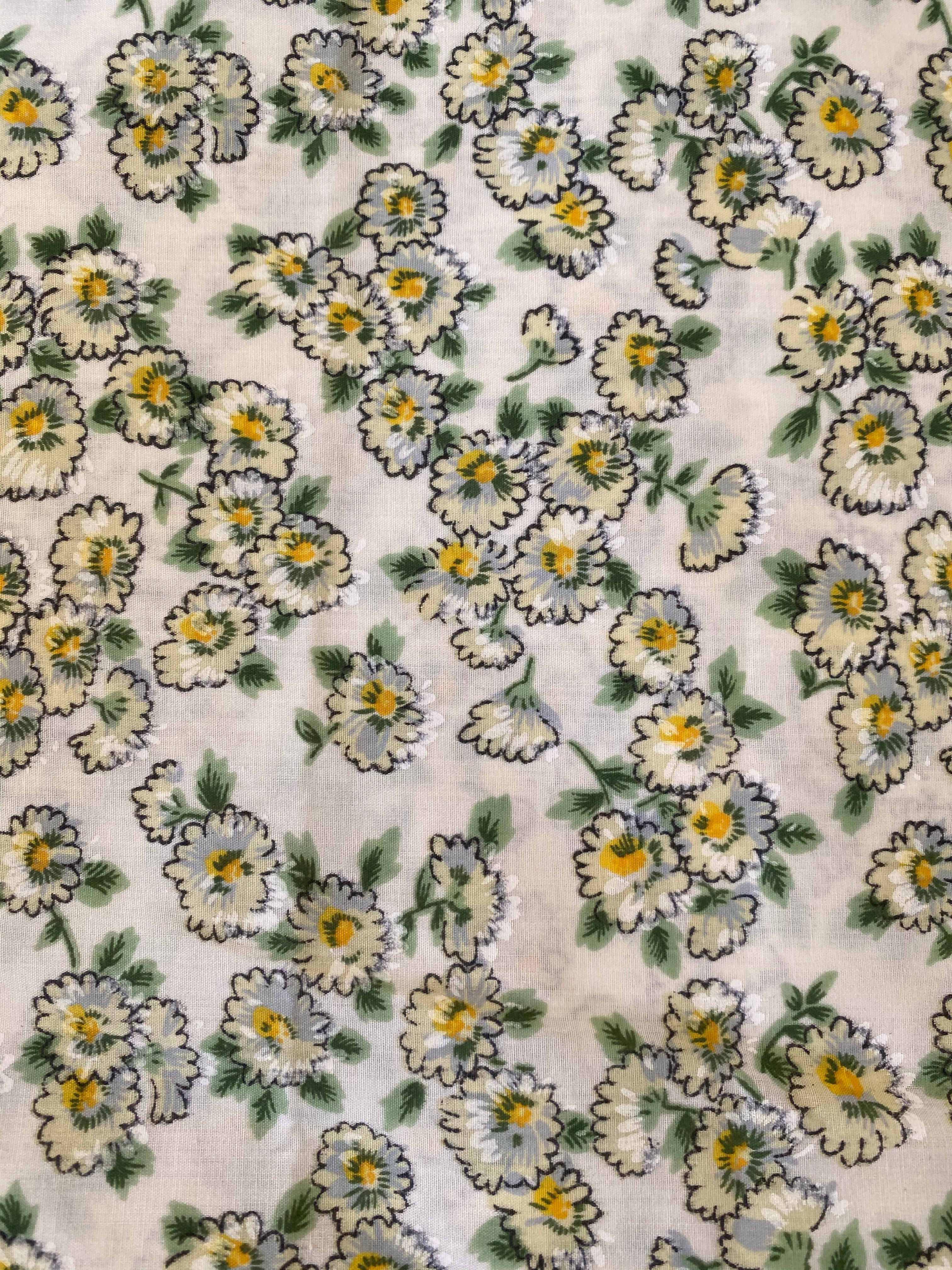 1.95m Vintage Green and Yellow Floral Fabric