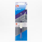 Prym ergonomic mending needle with latch hook
