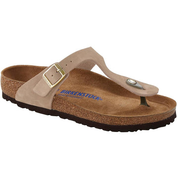 Quarter view Women's Birkenstock Footwear style name Gizeh Soft Footbed Regular in color Sandcastle Nubuck. Sku: 1018999