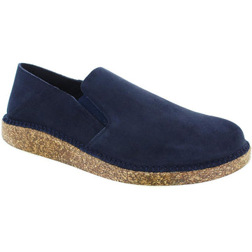 Quarter view Men's Birkenstock Footwear style name Callan Regular in color Navy Suede. Sku: 1020102