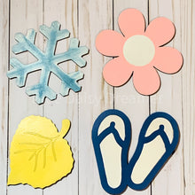 Load image into Gallery viewer, Seasonal Home Sign with 4 interchangeable season pieces