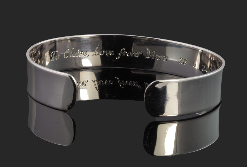Inside flower cuff bangle - Le griffe lettering