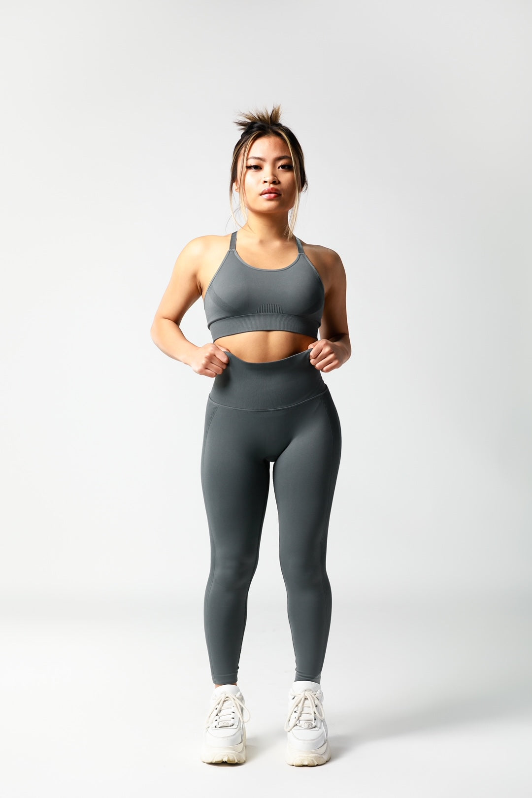 Seamless High Waisted Scrunch Bum Leggings - Charcoal