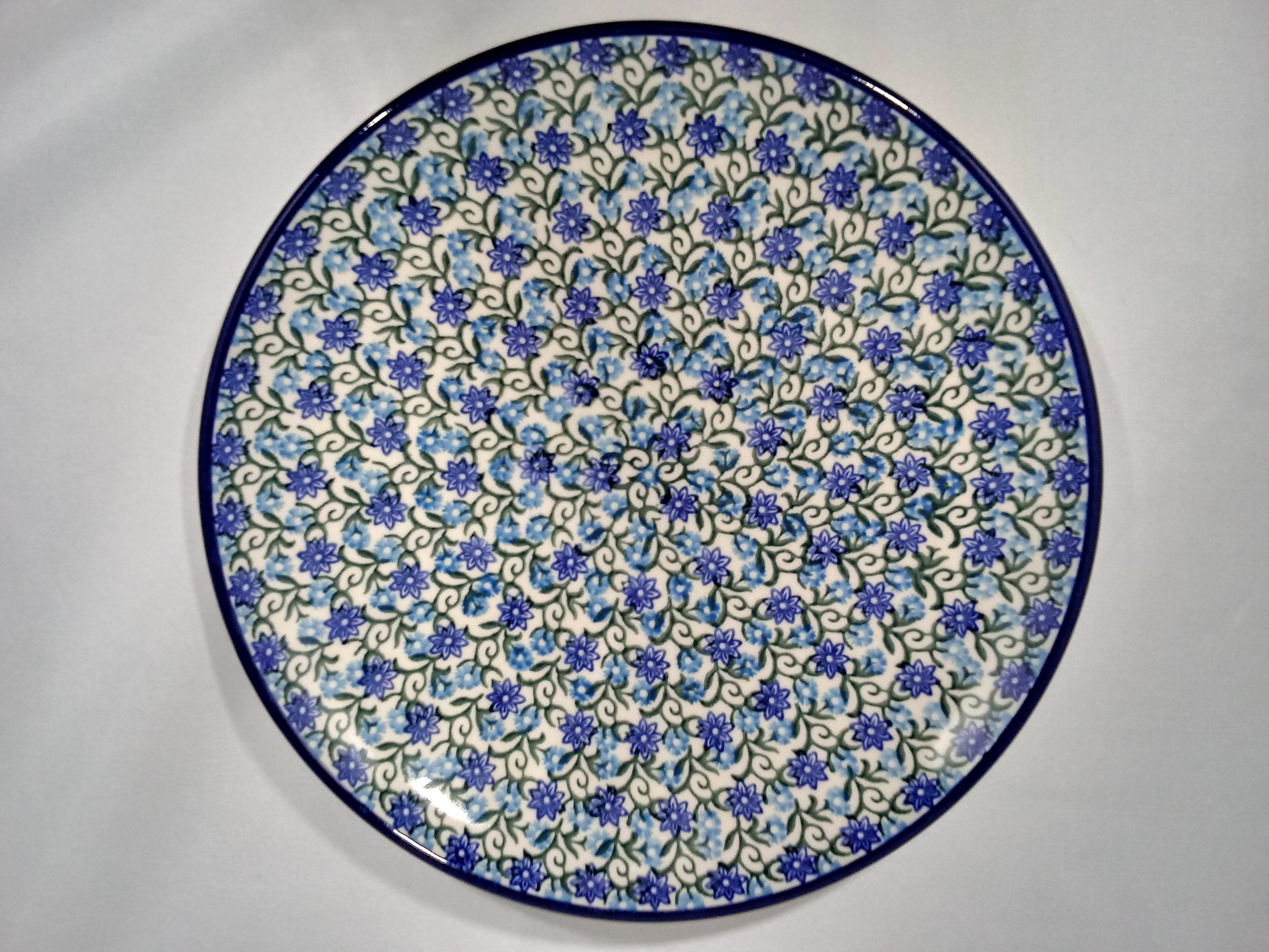 Plate ~ Dinner ~  10 inch ~ Daisy Lace