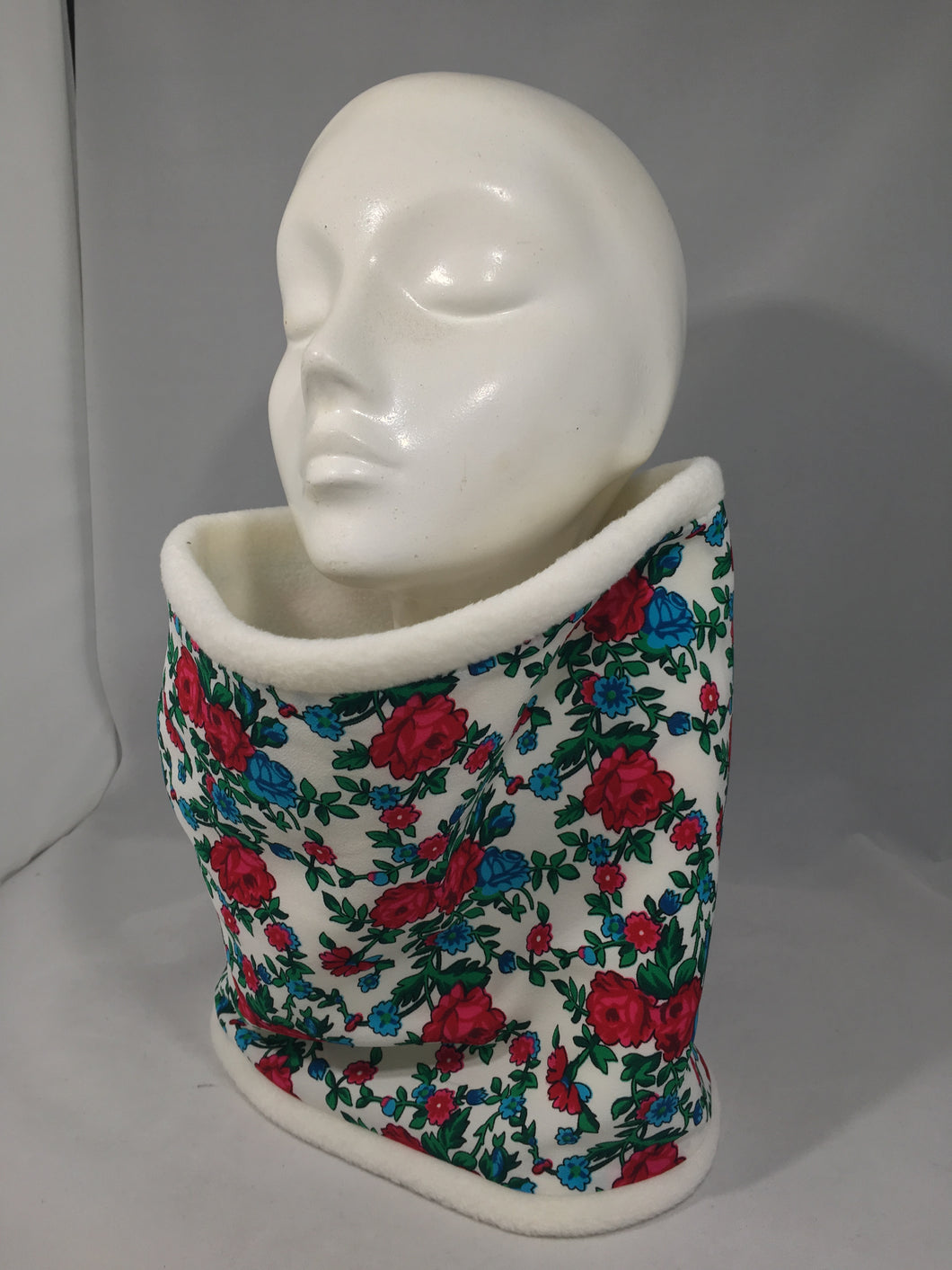 Neck Warmer White with Red and Blue Flowers (Child)