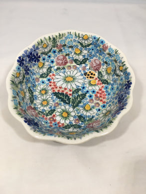 9045 Malwa Medium Scalloped Bowl Babcia's Garden