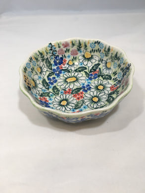 9043 Malwa Scalloped Bowl Babcia's Garden with purple flowers