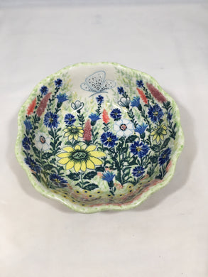 9045 Malwa Medium Scalloped Bowl Queen of Fields