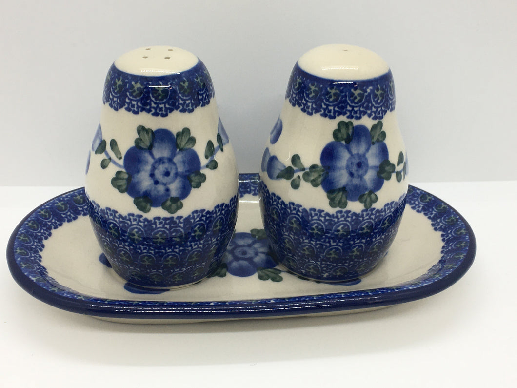 Salt and Pepper ~ 3.25 inch ~ Blue Poppy