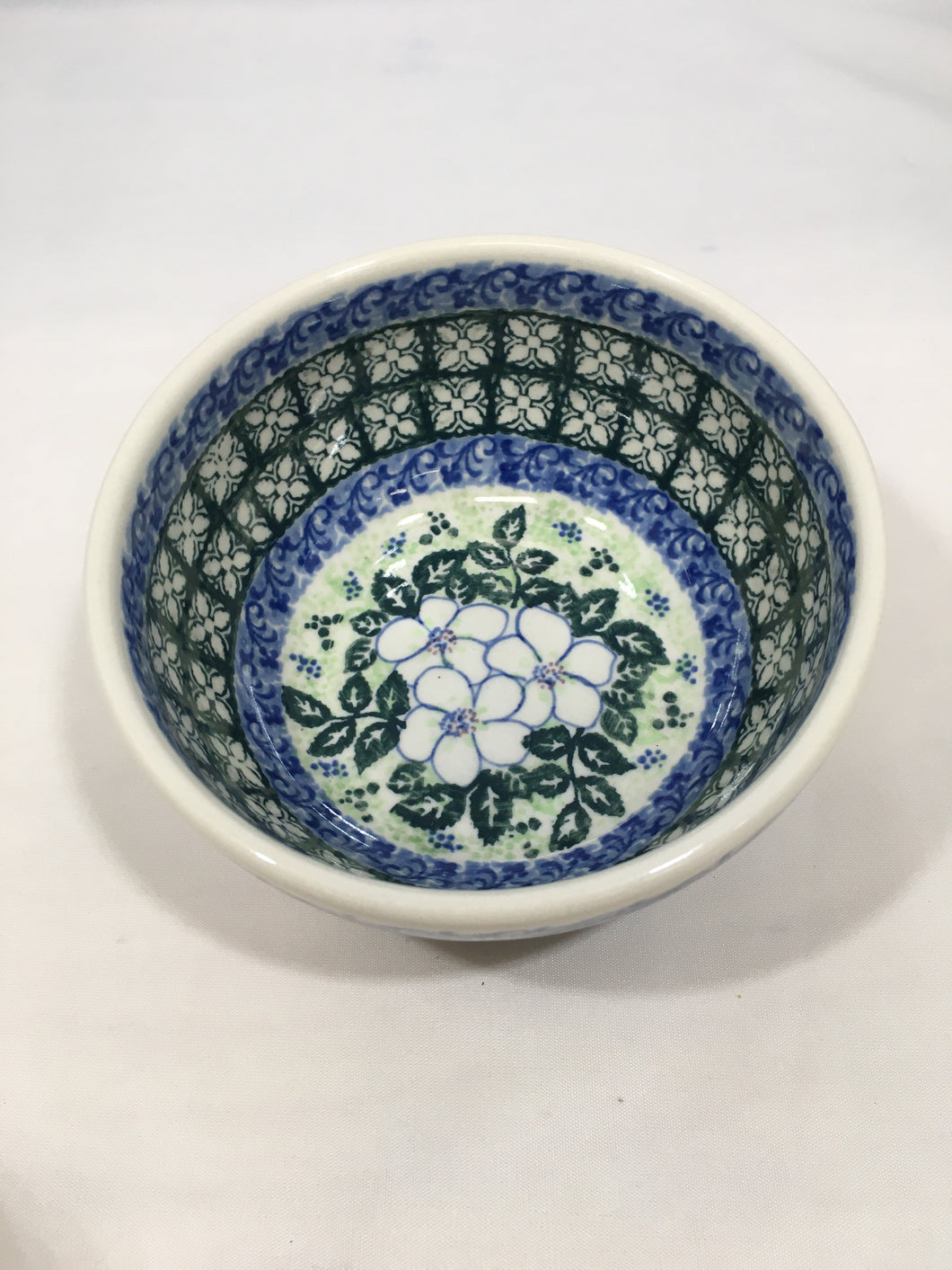 9013 Malwa Ice Cream Bowl White Flower