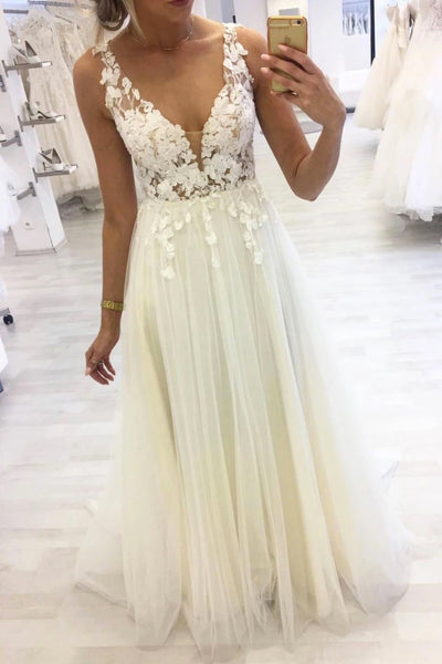 Ivory Tulle V Neck Long Lace Applique Halter Prom Dress A88