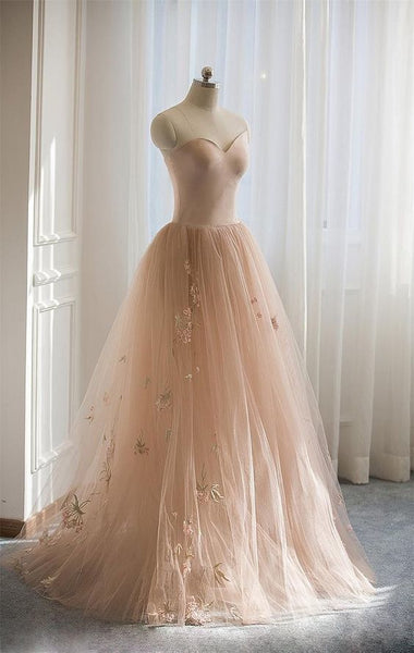 Gorgeous Sweetheart Long A-Line Tulle With Embroidery Prom Dresses P01639