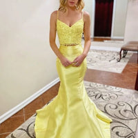 0295,two piece yellow sleeveless sweetheart satin lace school event dress spaghetti-straps applique prom dress