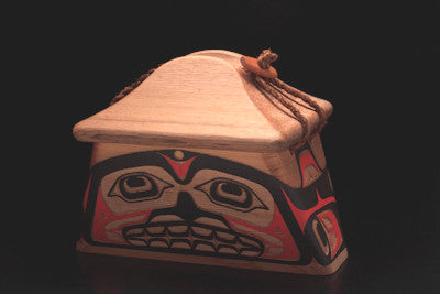 1. Killerwhale Canoe Box
