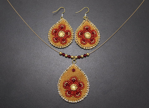 Beaded Pendant & Earrings – Red