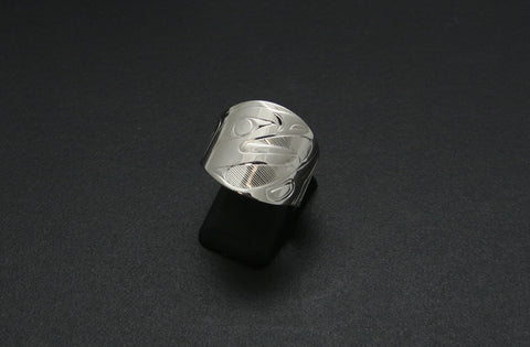 Round-Front Tapered Eagle Ring
