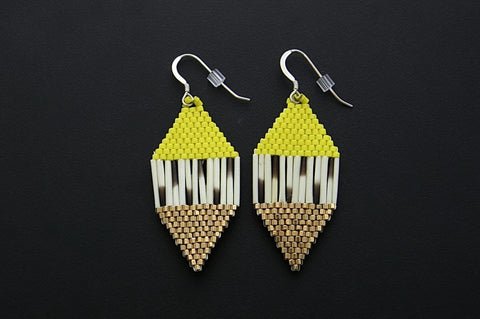 Diamond-Shaped Earrings (Yellow)