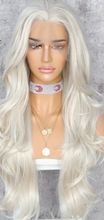 Load image into Gallery viewer, Platinum Silver Monroe Wig