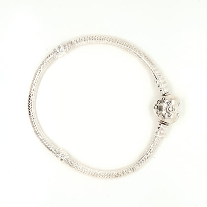 925 Silver Pandora Bracelet with Heart Clasp Approx 13.4g