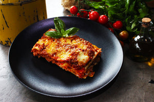 Tray Lasagna Bolognese (4- 6 portions )