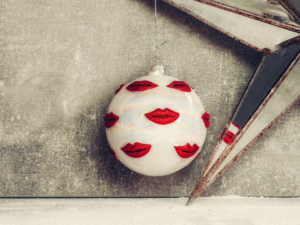 Red & White Lips Bauble