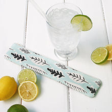Load image into Gallery viewer, Reusable Drinking Straw Case - Personalized  Reusable Straw Pouches in Green Leaf Pattern - OhKoey