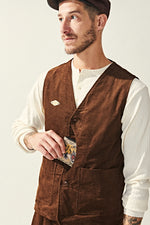 Load image into Gallery viewer, Corduroy Hunting Vest - Brown
