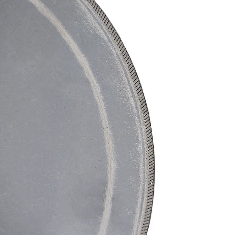 Hi-Tech Diamond thin notched diamond saw blade closeup