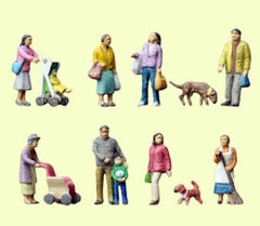Tomytec Scenery Collection Figure 054 - People Around House