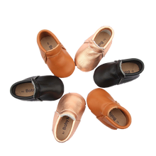 Load image into Gallery viewer, Signature Bare Rose Gold Moccasin