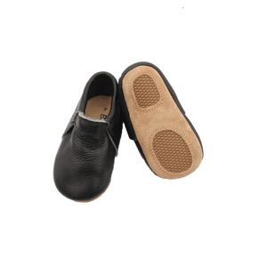 Signature Bare Black Moccasin