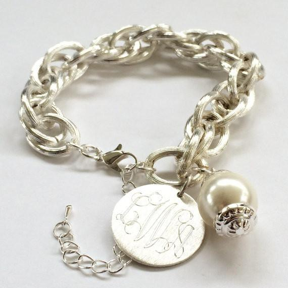Personalized Monogram Bracelet with Pearl in Gold or Silver