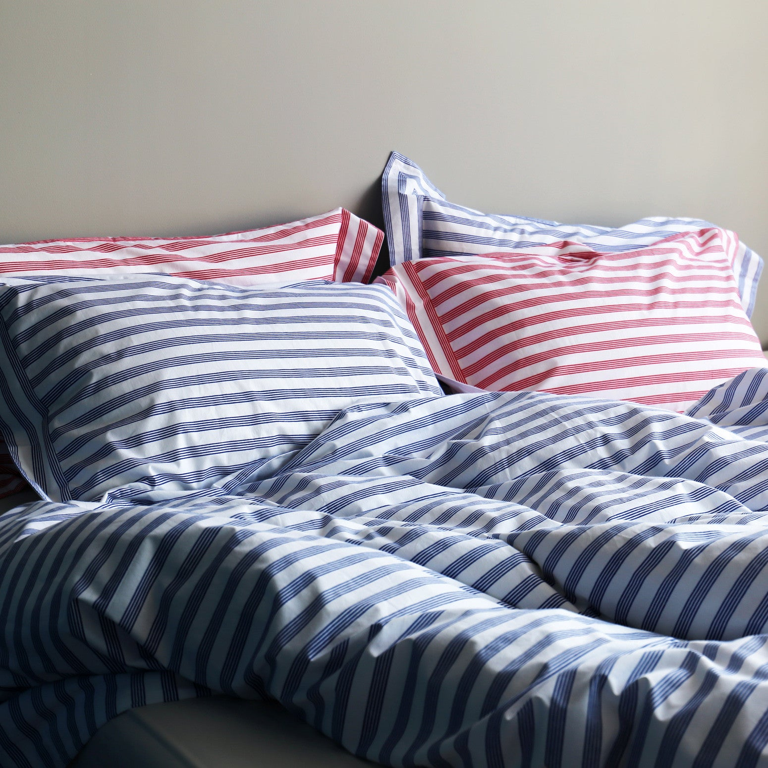 Red stripe single Oxford pillowcase